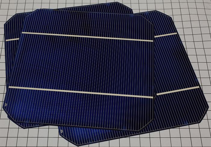 Ưu và nhược điểm các loại pin mặt trời Mono, Poly và màng mỏng 2