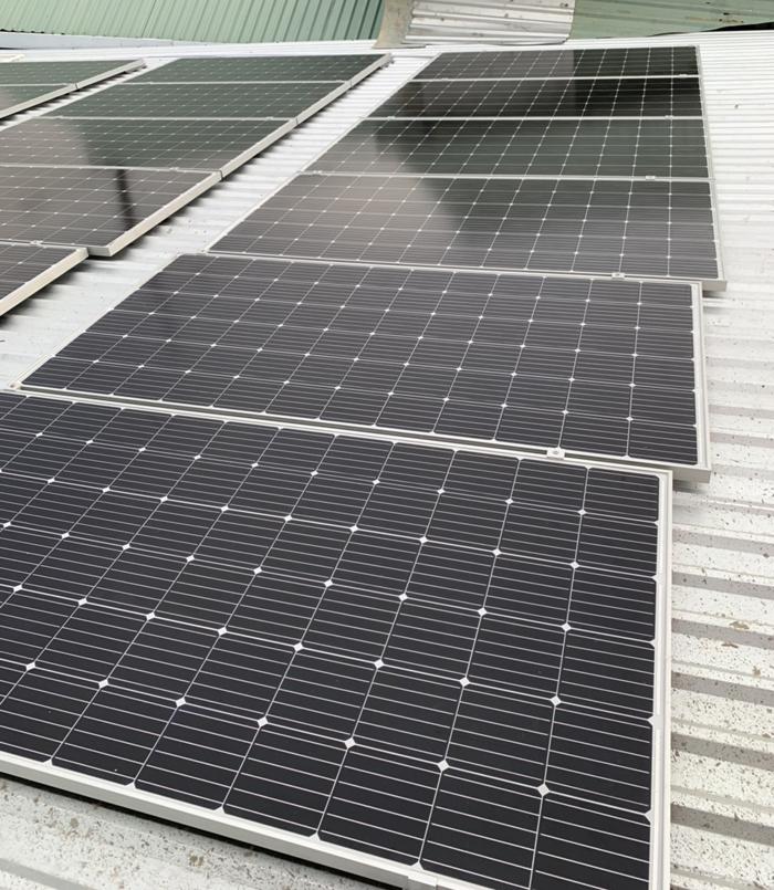 Tấm pin năng lượng mặt trời đơn tinh thể công suất lớn 400W 13