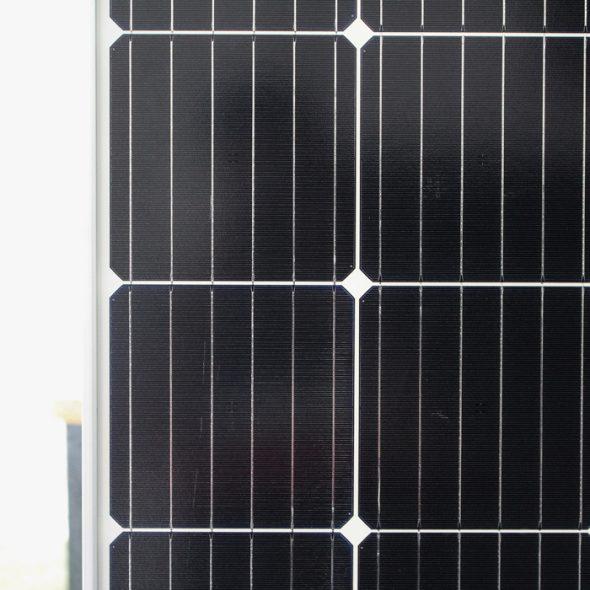 Tấm pin năng lượng mặt trời đơn tinh thể công suất lớn 400W 4