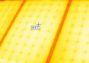 Hiệu suất của tấm pin năng lượng mặt trời 8
